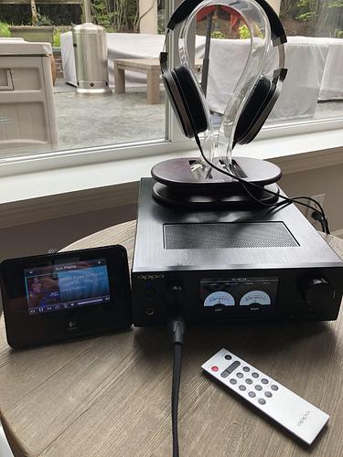 Headphone set up
