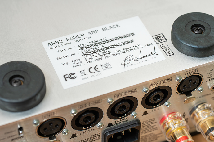 Benchmark%20Media%20Systems%20AHB2%20Power%20Amplifier%2C%2009