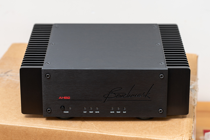 Benchmark%20Media%20Systems%20AHB2%20Power%20Amplifier%2C%2002