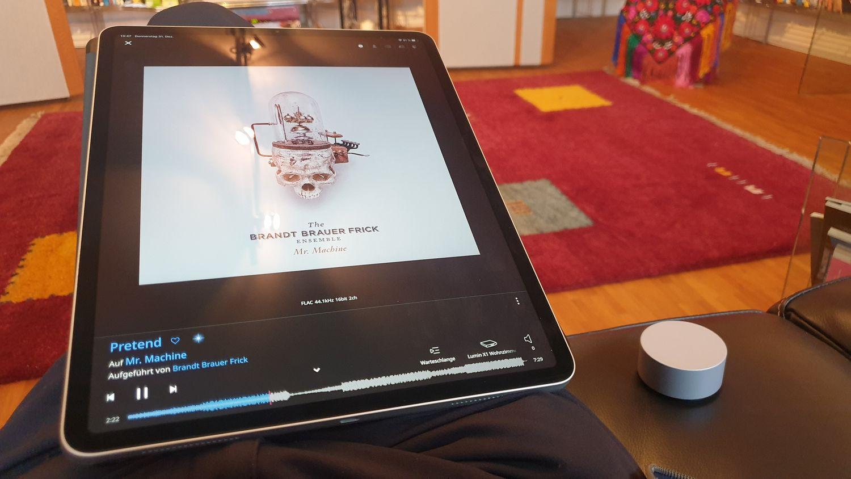 Dial & iPad