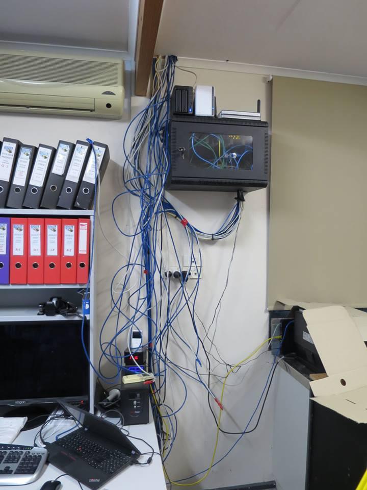 dive-shop-cabling-progress